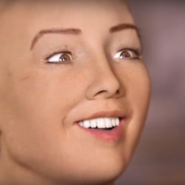 YouTube,робот,киборг,рецензия, София - человекоподобный робот фирмы Hanson Robotics