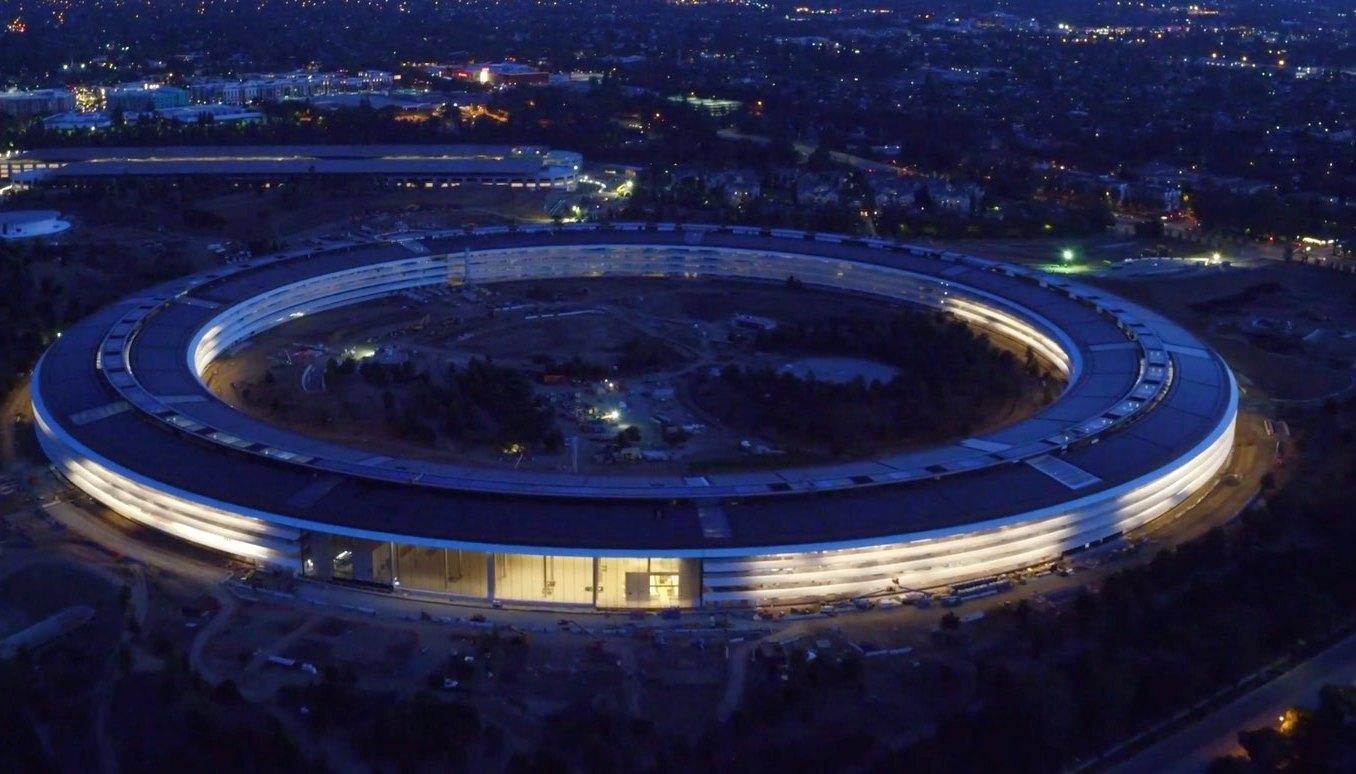 «Объекты обожания»: новый iPhone в стенах новой штаб-квартиры Apple Park